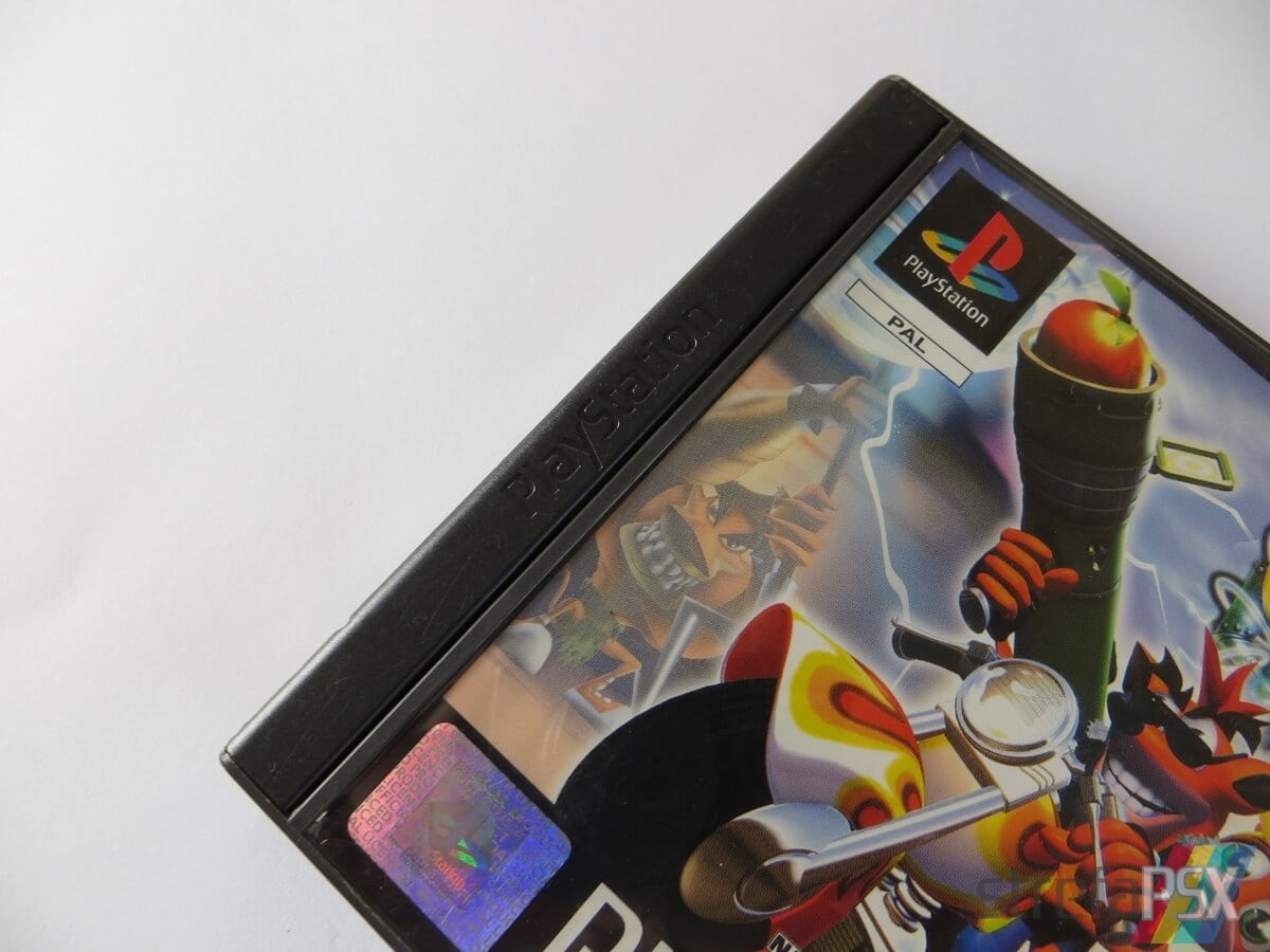 rozne pudelka gier psx 04 - Standardowe opakowania gier w regionie PAL