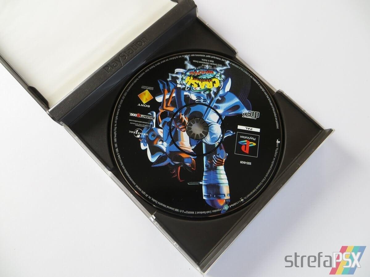 rozne pudelka gier psx 09 - Standardowe opakowania gier w regionie PAL