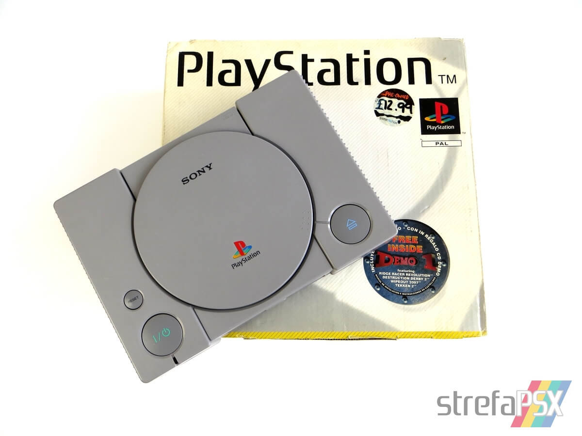 psx scph 5502 baner - [SCPH-5502] PlayStation