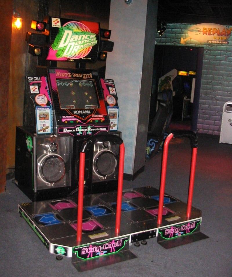 Automat Dance Station od Konami