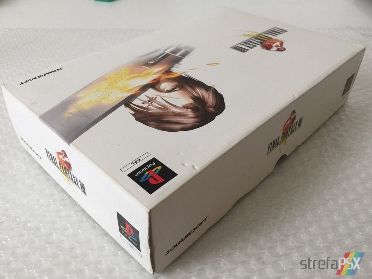 final fantasy viii limited edition09 - Kolekcjonerskie wydania gier - Final Fantasy VIII Limited Edition