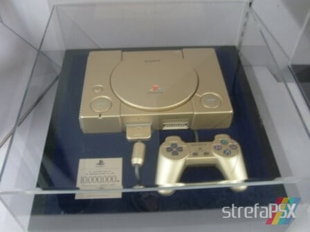 gold playstation 10 million model 04 - [SCPH-????] PlayStation 10 Million Gold Unit / Złote PlayStation