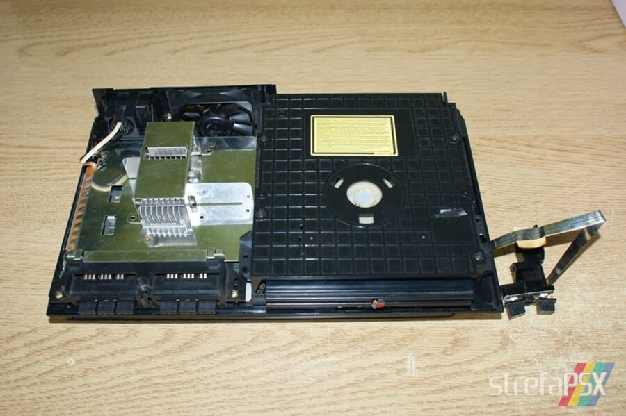 rozbieranie ps2 07 - Rozbieranie i skręcanie PlayStation 2 FAT