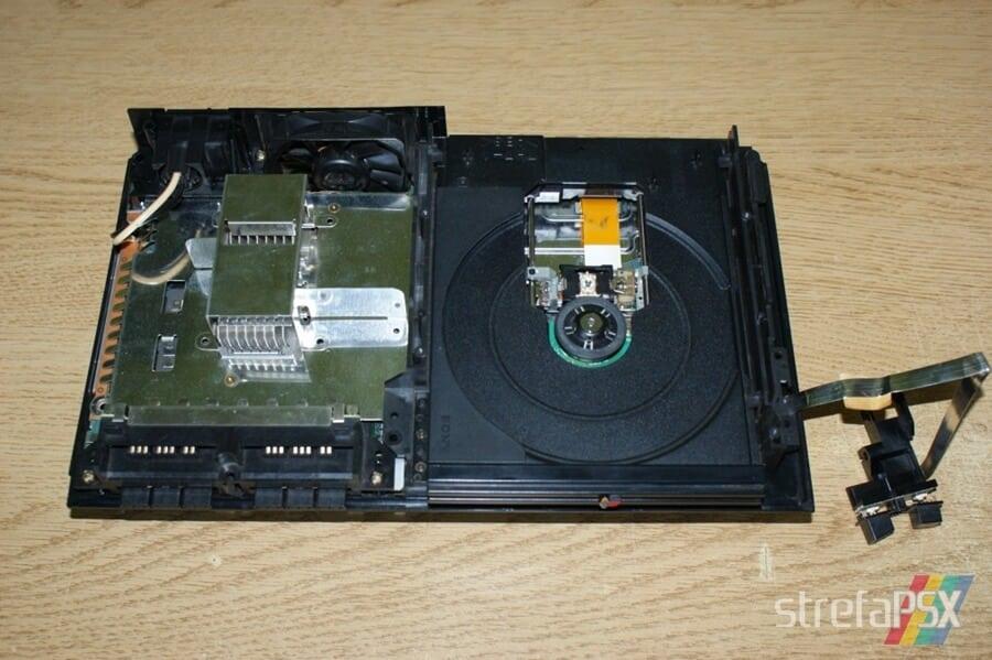 rozbieranie ps2 09 - Rozbieranie i skręcanie PlayStation 2 FAT
