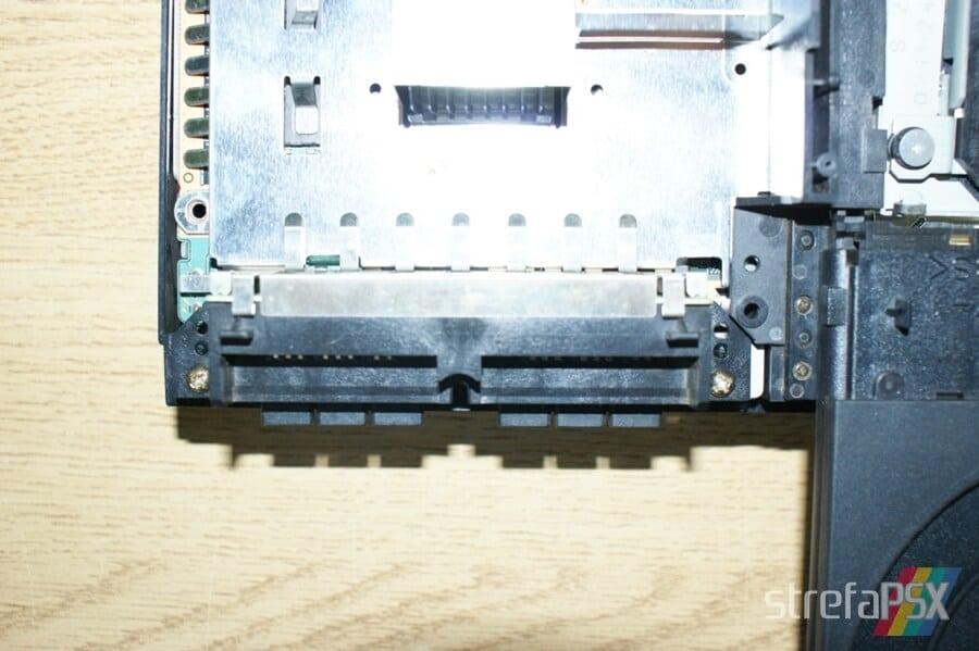rozbieranie ps2 12 - Rozbieranie i skręcanie PlayStation 2 FAT