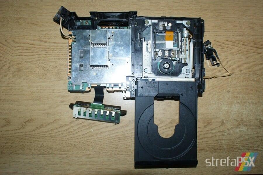 rozbieranie ps2 13 - Rozbieranie i skręcanie PlayStation 2 FAT