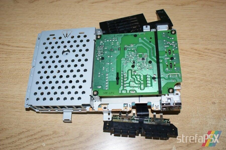 rozbieranie ps2 17 - Rozbieranie i skręcanie PlayStation 2 FAT