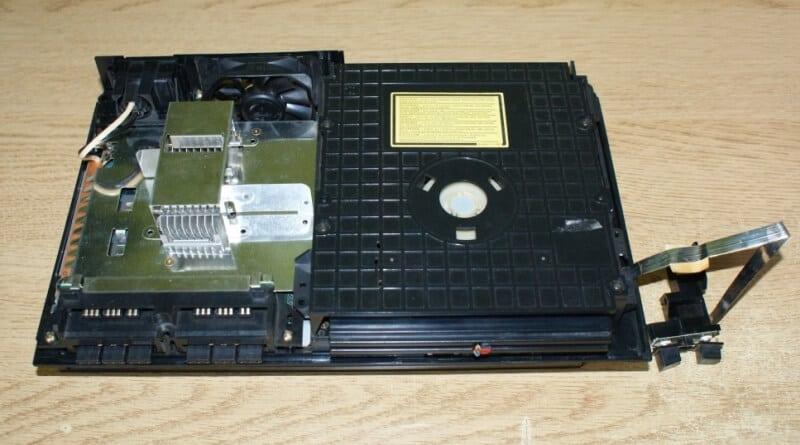 rozbieranie ps2 fat baner - Rozbieranie i skręcanie PlayStation 2 FAT