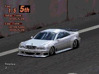 Mercedes Benz CLK Race Car - Ewolucje gier - Jak mogło wyglądać kultowe Gran Turismo 2?