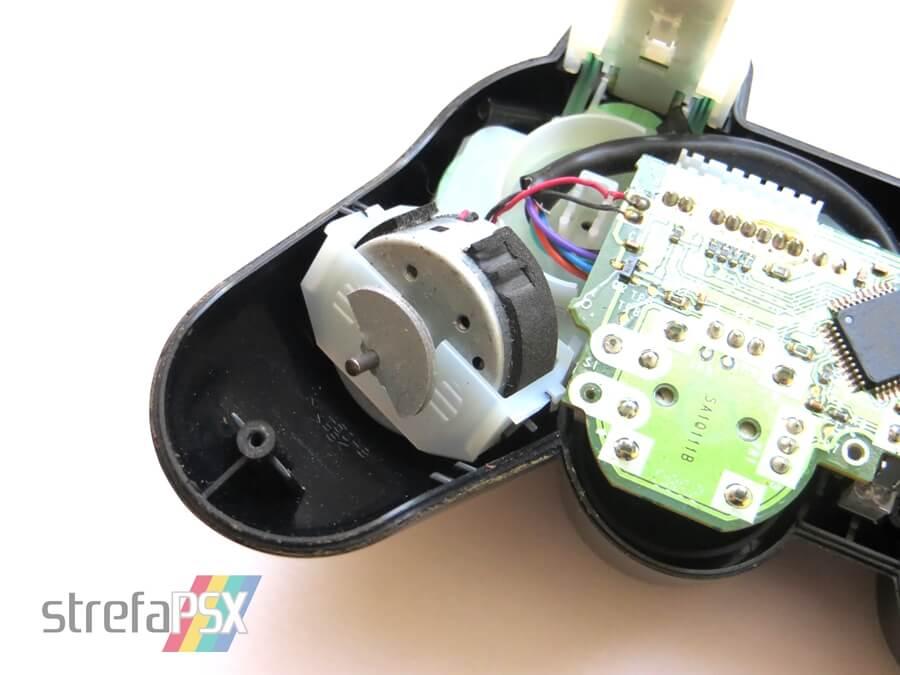 wibracje dualshock2 2 - Losy batalii o wibracje, która mogła wstrzymać sprzedaż konsol PlayStation oraz PlayStation 2