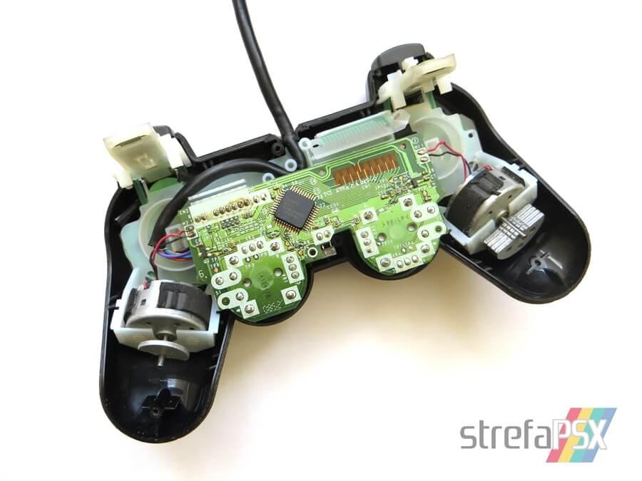 wibracje dualshock2 4 - Losy batalii o wibracje, która mogła wstrzymać sprzedaż konsol PlayStation oraz PlayStation 2