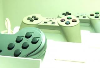 """dokument 15lat playstation 320x220 - Bez komentarza #5  - Dokument """"15 lat z PlayStation"""" + napisy PL"""