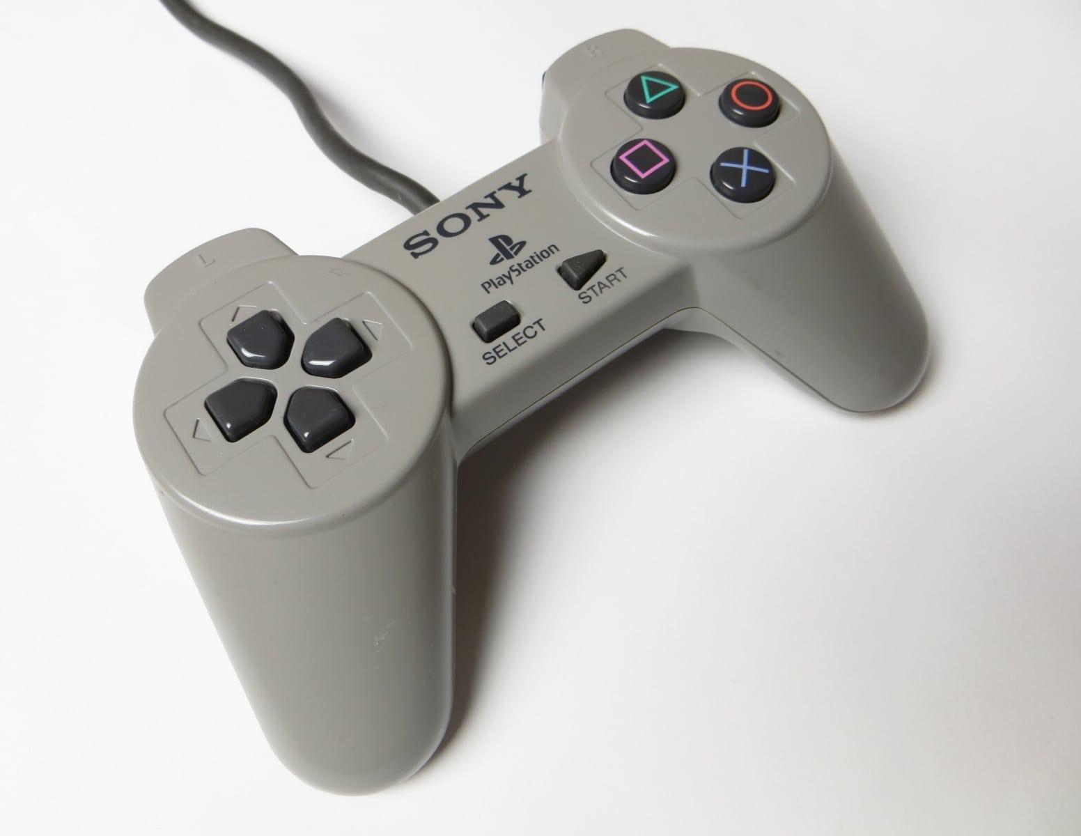 historia kontolerow playstation 11 - Historia kontrolerów PlayStation cz. I - Geneza