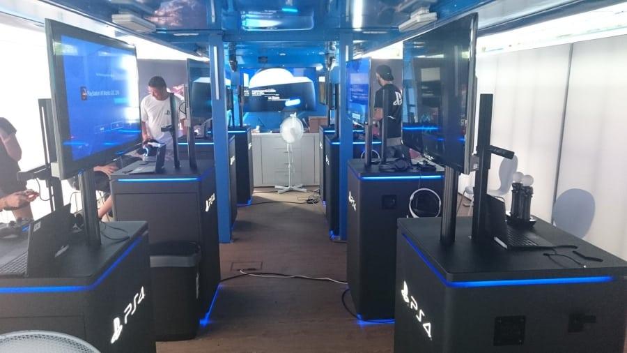 playstation truck europe 2 - Ciężarówki PlayStation w trasie od ponad 20 lat
