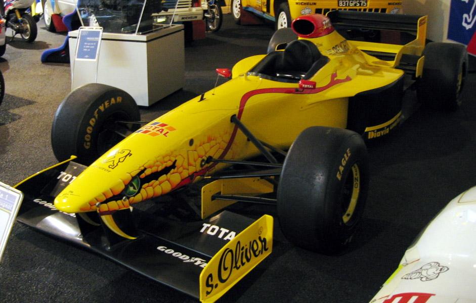 jordan 1997 - Limitowana edycja PlayStation Jordan Grand Prix. Niezwykła historia premiery gry Formula 1 97.