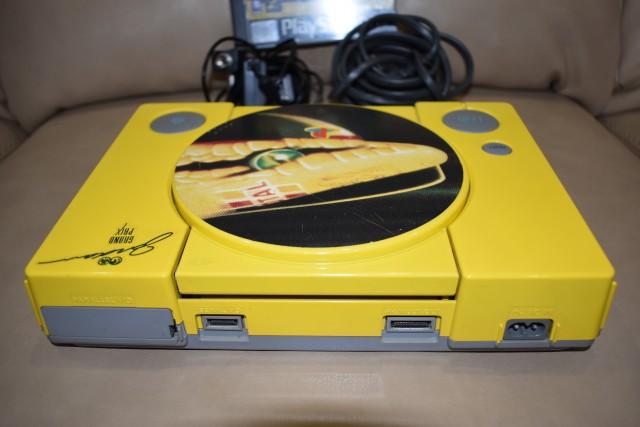 playstation f197 limited edition 4 - Limitowana edycja PlayStation Jordan Grand Prix. Niezwykła historia premiery gry Formula 1 97.